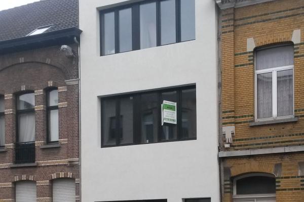 Totaalrenovatie 2 appartementen Louis Jannsenslaan 24 te Deurne